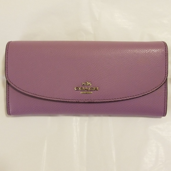 Coach Handbags - Coach leather wallet